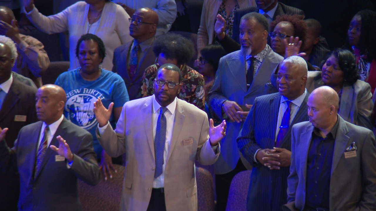 WATCH: New Birth Missionary Baptist Church and Other Georgia Churches Eliminate Communion, Hugging, Handshakes, and Encourage Online Services Amid Coronavirus Threat
